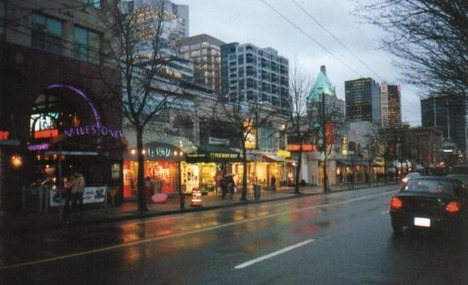 Robson_Street_Vancouver
